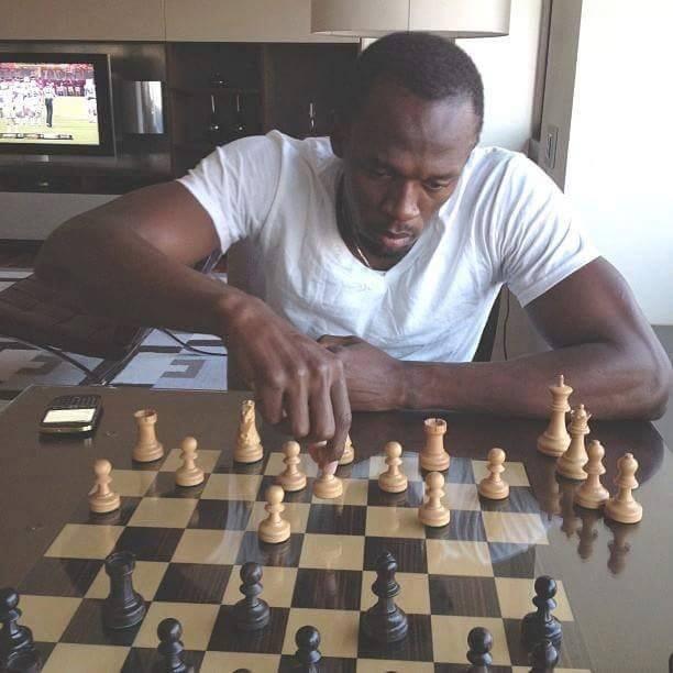 Usain Bolt main chess atau dam?